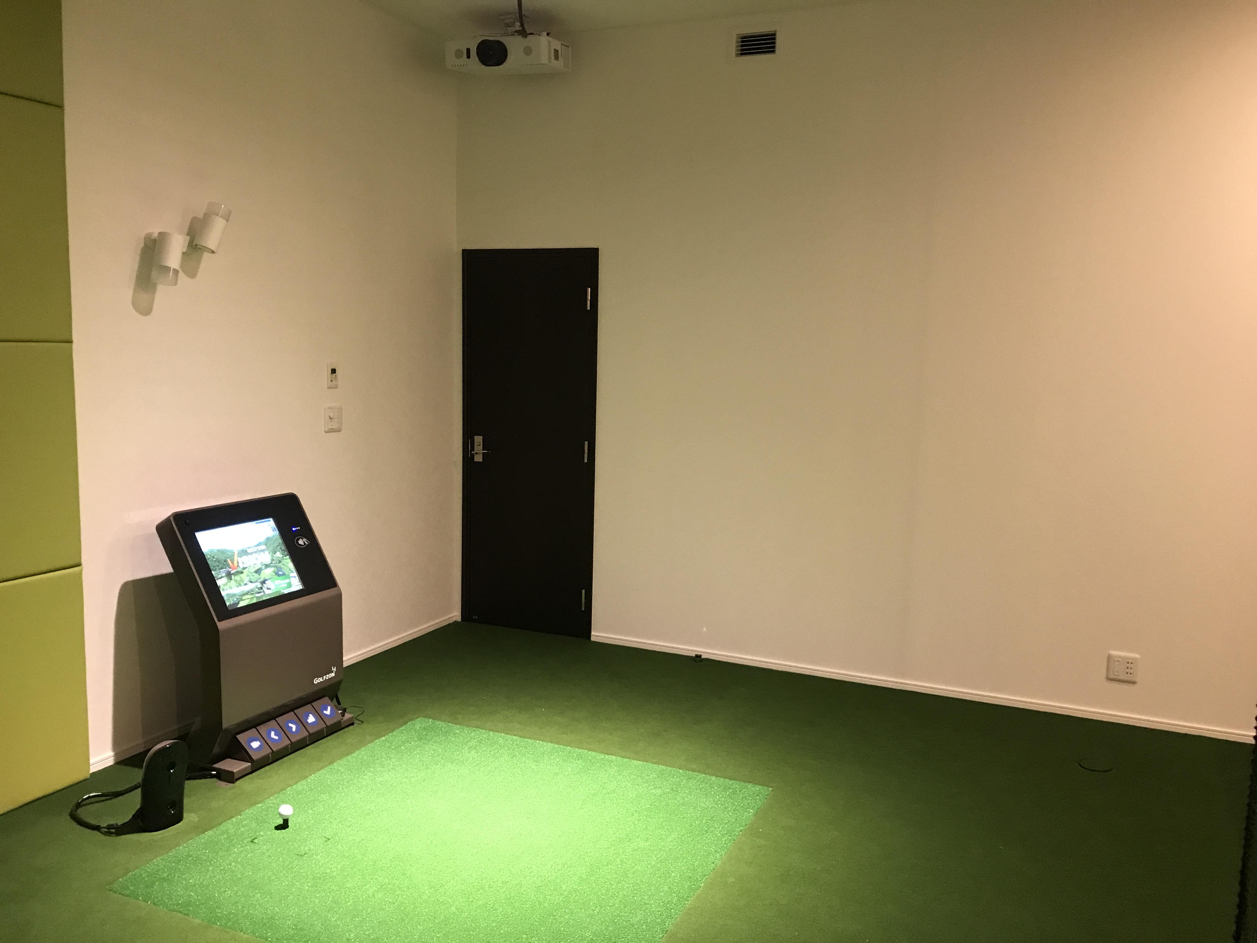ゴルフシュミレーター